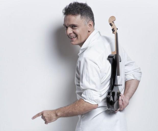 На 8 ноември (четвъртък) Пловдив ще посрещне Васко Василев. Виртуозният