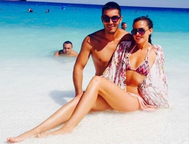 Синът на легендарен български футболист вече е сгоден. С това