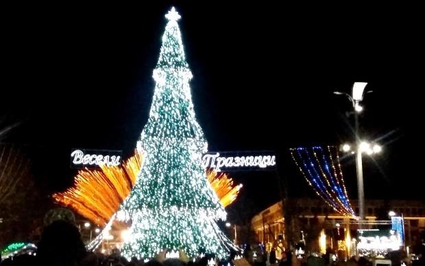 <div Подготовката на празничния бургаски декември е в разгара си,
