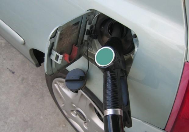 Касовата бележка за заредено гориво на бензиностанция вече ще показва