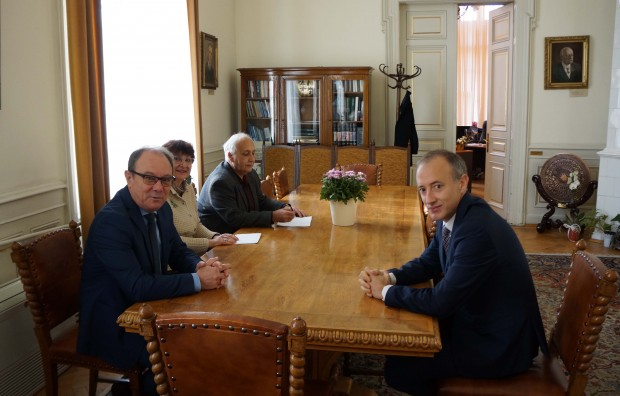 Министърът на образованието и науката Красимир Вълчев назначи проф. д-р