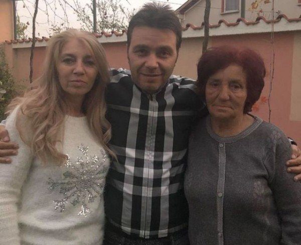 Христо Стоичков не честити рождения ден на жената, дарила го