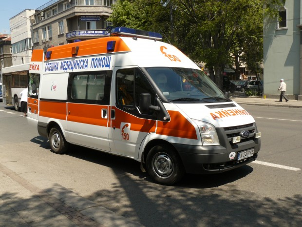 <div Дете пострада, пресичайки пешеходна пътека в Бургас. Вчера около