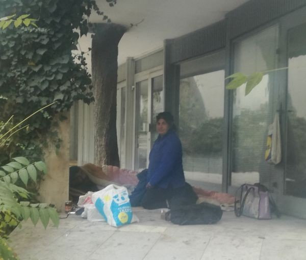 На прага на зимата хора, останали без дом са си