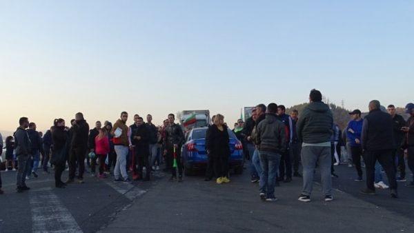 С нищожен документ директорът на Областно пътно управление Пловдив –