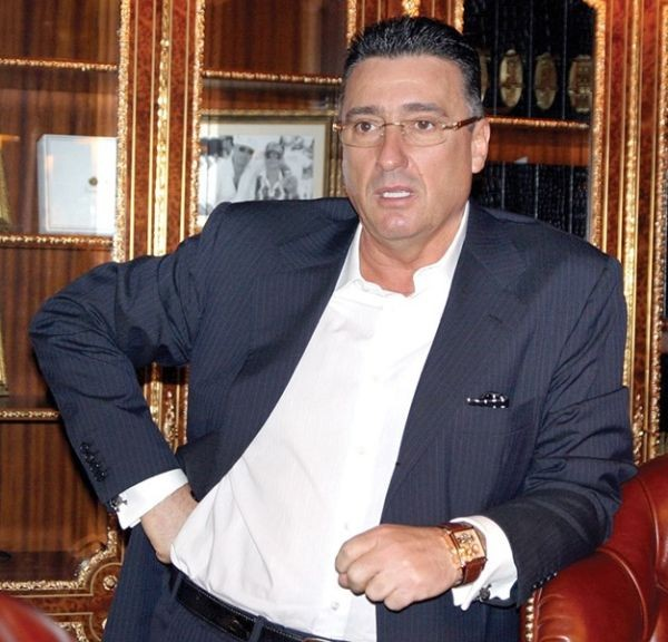 Нова серия финансови проблеми и дела заплашват богатството на Ветко