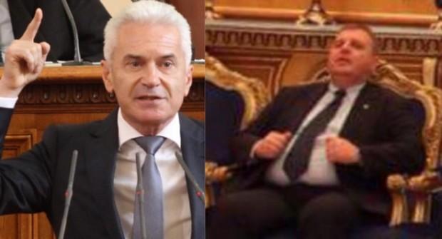 Волен Сидеров поиска оставката на Красимир Каракачанов.