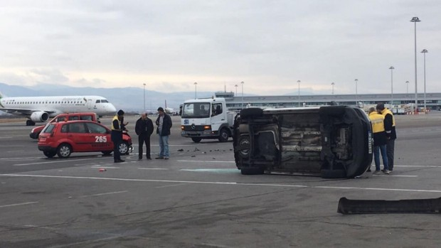 Катастрофа е станала на територията на летище