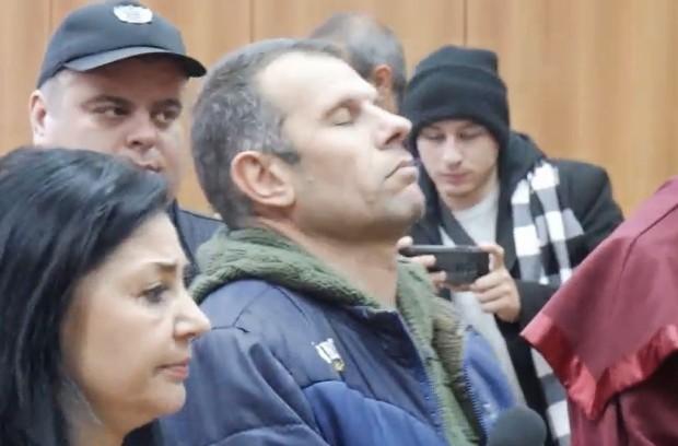 Varna24.bg Оставиха в ареста бившия военен Светослав Каменов, предаде репортер