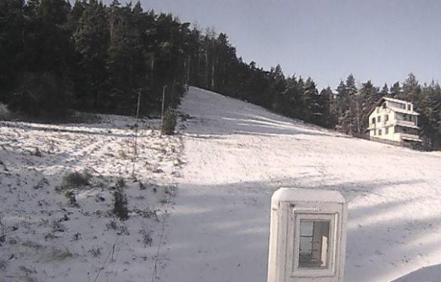 4 см е снежната покривка на