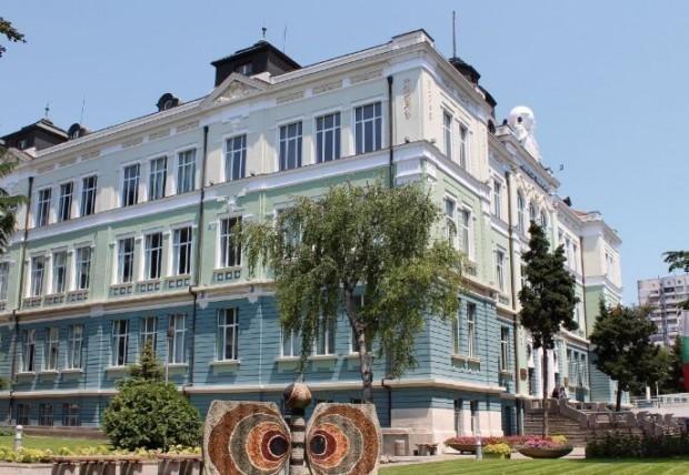 Областният съвет на БЧК и Община Варна, в партньорство с