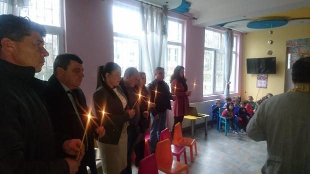 Седмица преди Коледа, малчуганите от детската градина в с. Черни