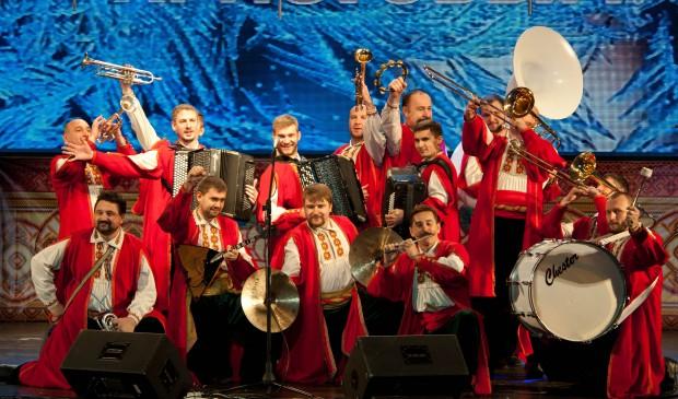 Най-старият музикално-танцов ансамбъл на Русия - световноизвестният Кубански казашки хор