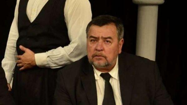 На 1 януари внезапно почина актьорът Пламен Маринов от ДТ