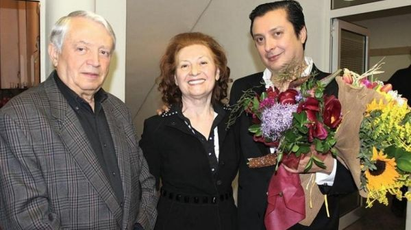Емблемата на българския джаз Васил Петров е загубил майка си