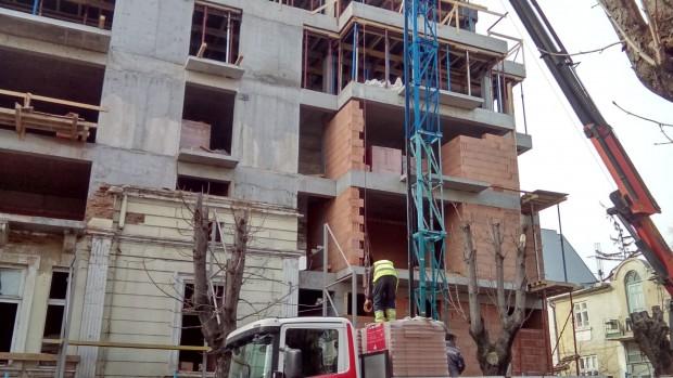 Приходите от дейността на строителните предприятия за поддържане и текущ