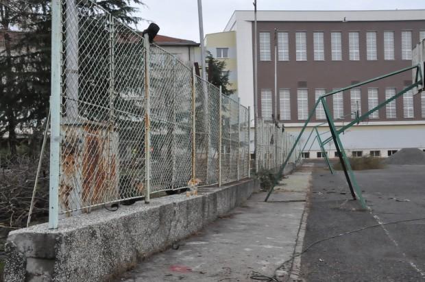 виж галерията Община Бургас започва цялостна реконструкция в огромния двор на