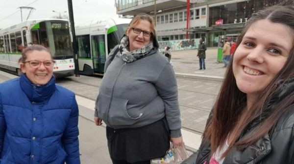 Снимка: Български мами от Франция спасяват измамена българка в Нант