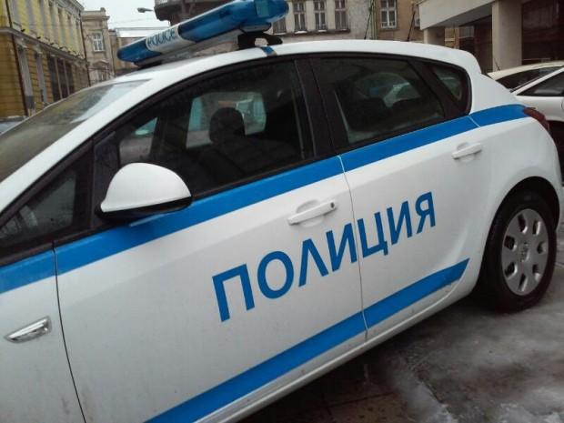 Снимка: Някой запечата румънски автомобил със строителна пяна