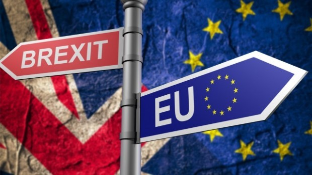 Британският парламент отхвърли споразумението за излизането на Обединеното кралство от