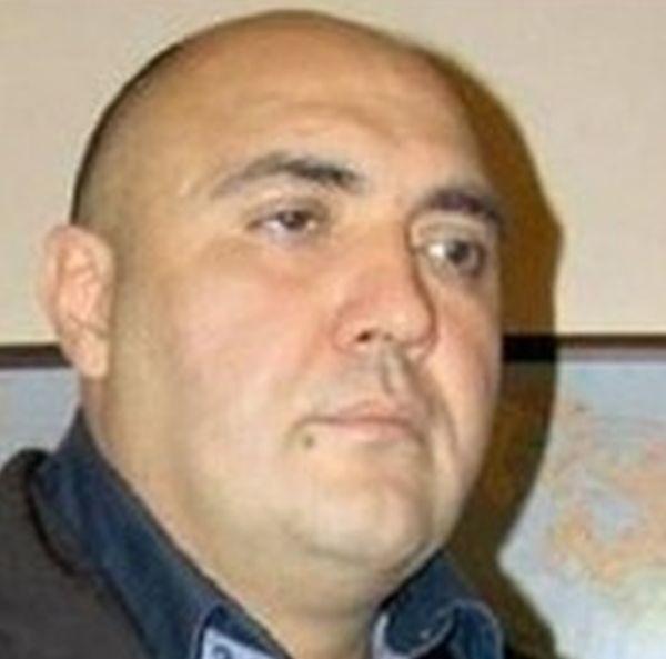 Росен Чолов - Чолата, бившият мъж на актрисата от