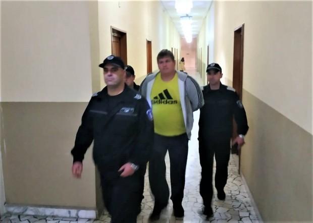 Снимка: Съдът реши: Екстрадират казахстанеца Максим, присвоил 1 млн. долара!