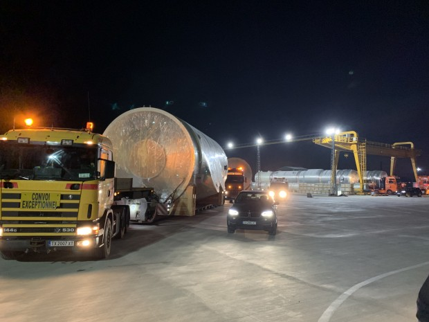 След 7.00 часа утре четири тежкотоварни автомобила с извънгабаритен товар