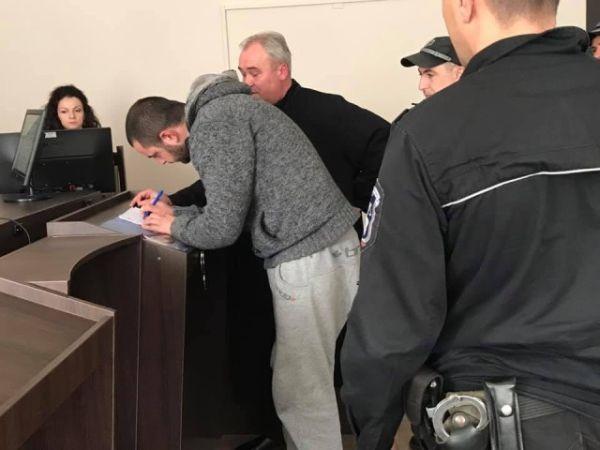 bTV Състав на Районния съд в Казанлък постанови задържане под стража