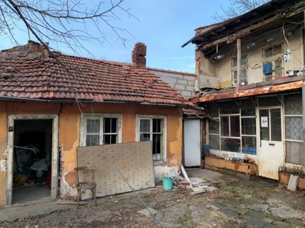 Откриха труп на възрастна жена в центъра на Враца. Мъртвата