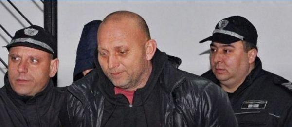 21 години след бягството си от затвора в Касандра, Халкидики,