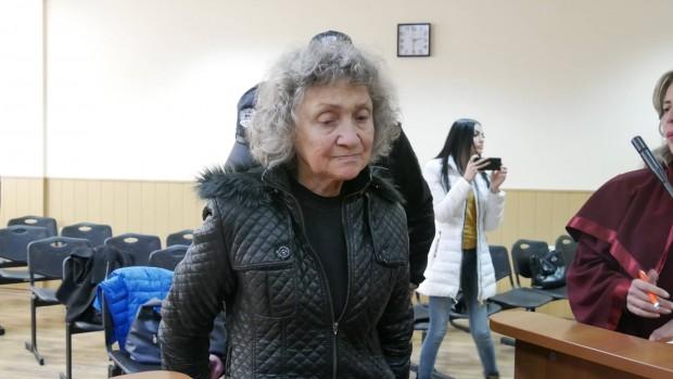 Burgas24.bg виж галерията 67-годишната Веска Хаджиева удушила мъжа си - 73-годишния