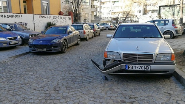 За VIP-аджиите пътните правила не важат! Това твърди читател на
