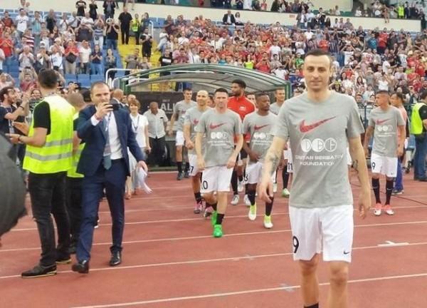 Снимка: Бербатов се завръща в родния футбол!