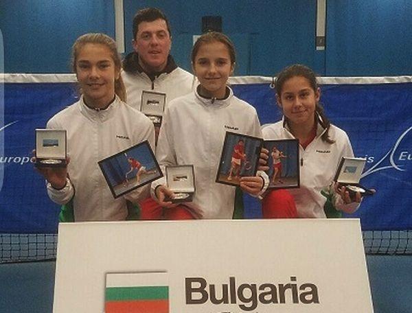 Тенис националките на България до 12 години спечелиха второ място