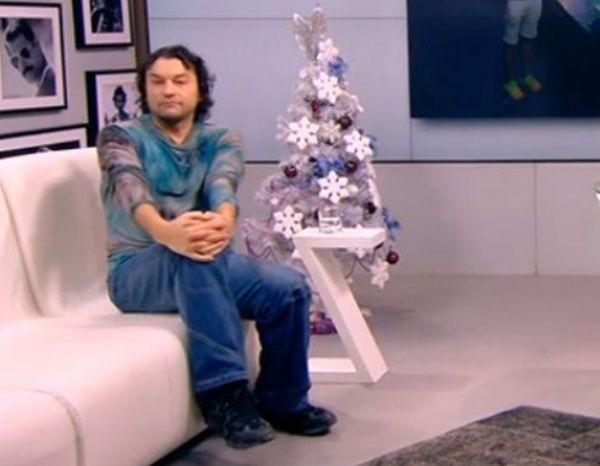 Кръчмар е измамил певеца Деян Неделчев-Икебаната, ожали се самият той.