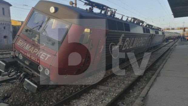 виж галерията Влакът, който рано тази сутрин претърпя инцидент в Пловдив,