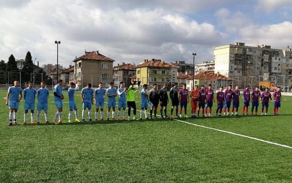 Отборът на Дунав до 19 години изигра контролен мач срещу