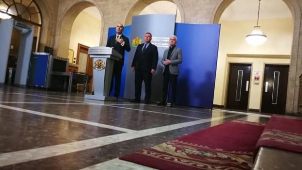 Снимка: Управляващите ще стягат дисциплината в парламента