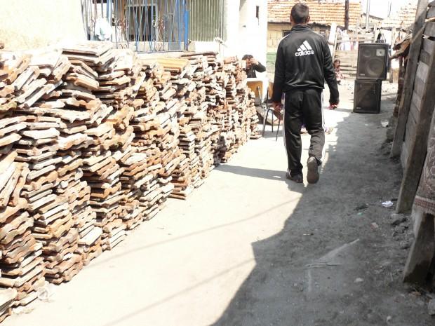 Blagoevgrad24.bg > Служители на Община Бургас предотвратиха продажбата на 14-годишно дете