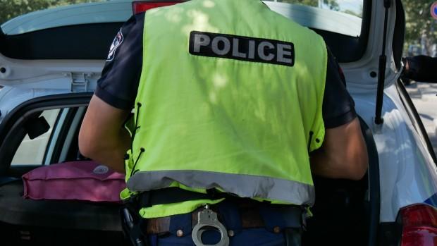 Снимка: Карнобатлия се пробва да подкупи полицаи, те го закопчаха!