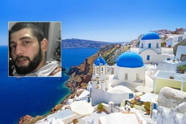 Снимка: Мистерия: Издирваният българин открит мъртъв на остров Санторини