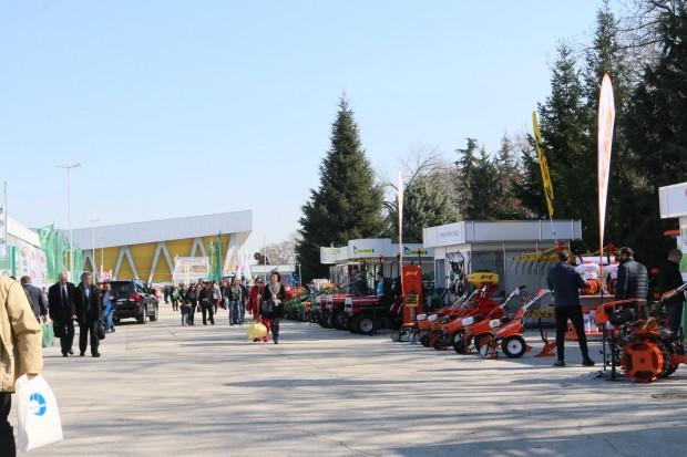 Снимка: Министър Порожанов откри три изложения в Пловдив