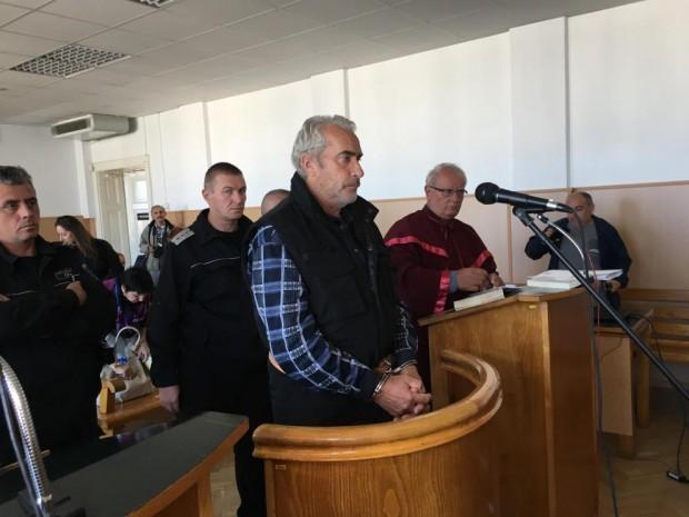 Снимка: 30 години затвор за четворния убиец от Каспичан