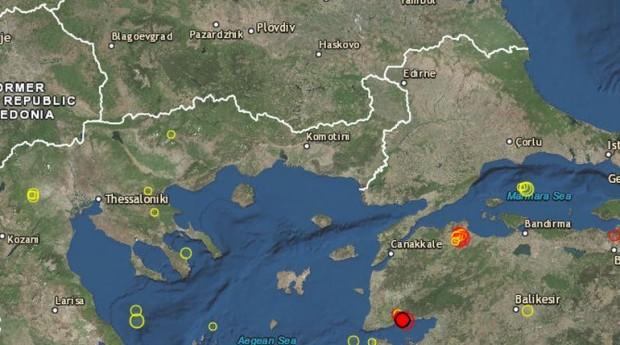 Читатели на Plovdiv24.bg сигнализираха, че са усетили слабо земетресение около
