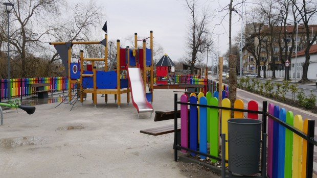 Снимка: 2 млн. лева за нови детски, спортни и кучешки площадки в Пловдив