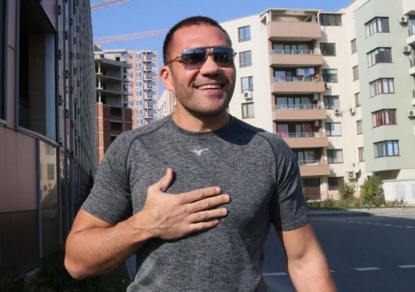 Ден след като Богдан Дину и щабът му отхвърлиха офертата