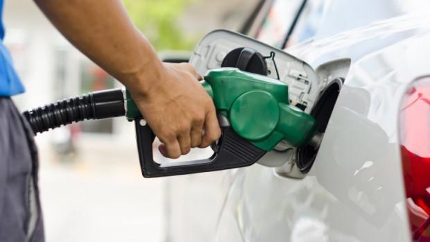 Съмнително еднакви цени на горивата в няколко големи вериги констатираха