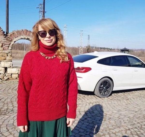 Снимка: Острието Лорд Евгени Минчев не пожали Мира Добрева: Бакпулвер ли имаш в косата?