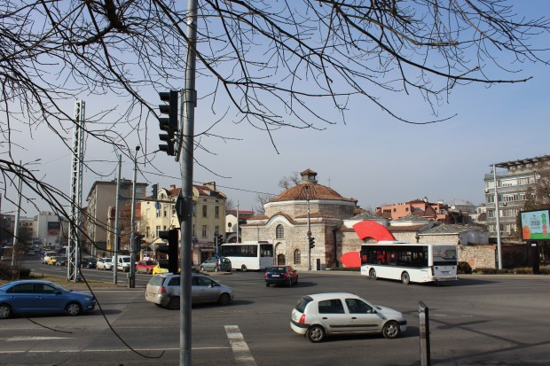 Снимка: Затварят бул.