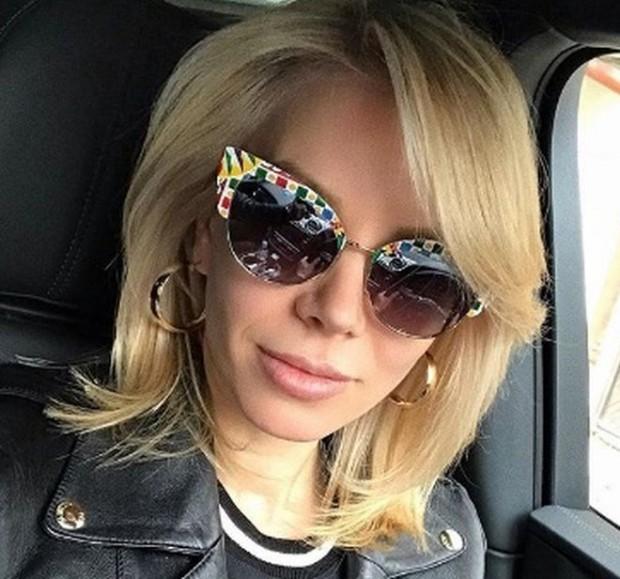 Инстаграм Голяма промяна в живота си претърпя Емилия. Тя се реши